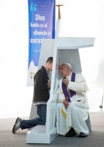 pope-francis-wyd-confession